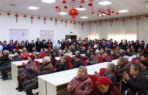 中共太阳神无锡党小组开展尊老敬老关爱活动