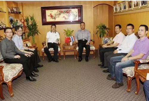 德家董事长率团队一行出访泰国华人青年商会