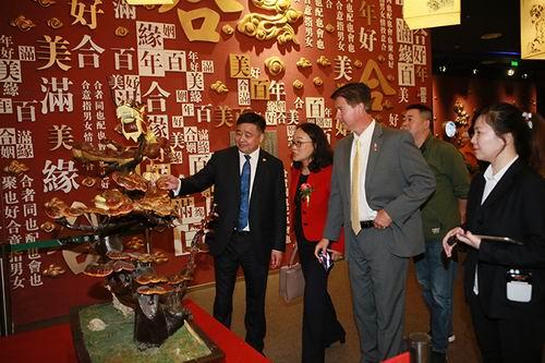 美国硅谷国际代表参观安惠中华灵芝文化馆